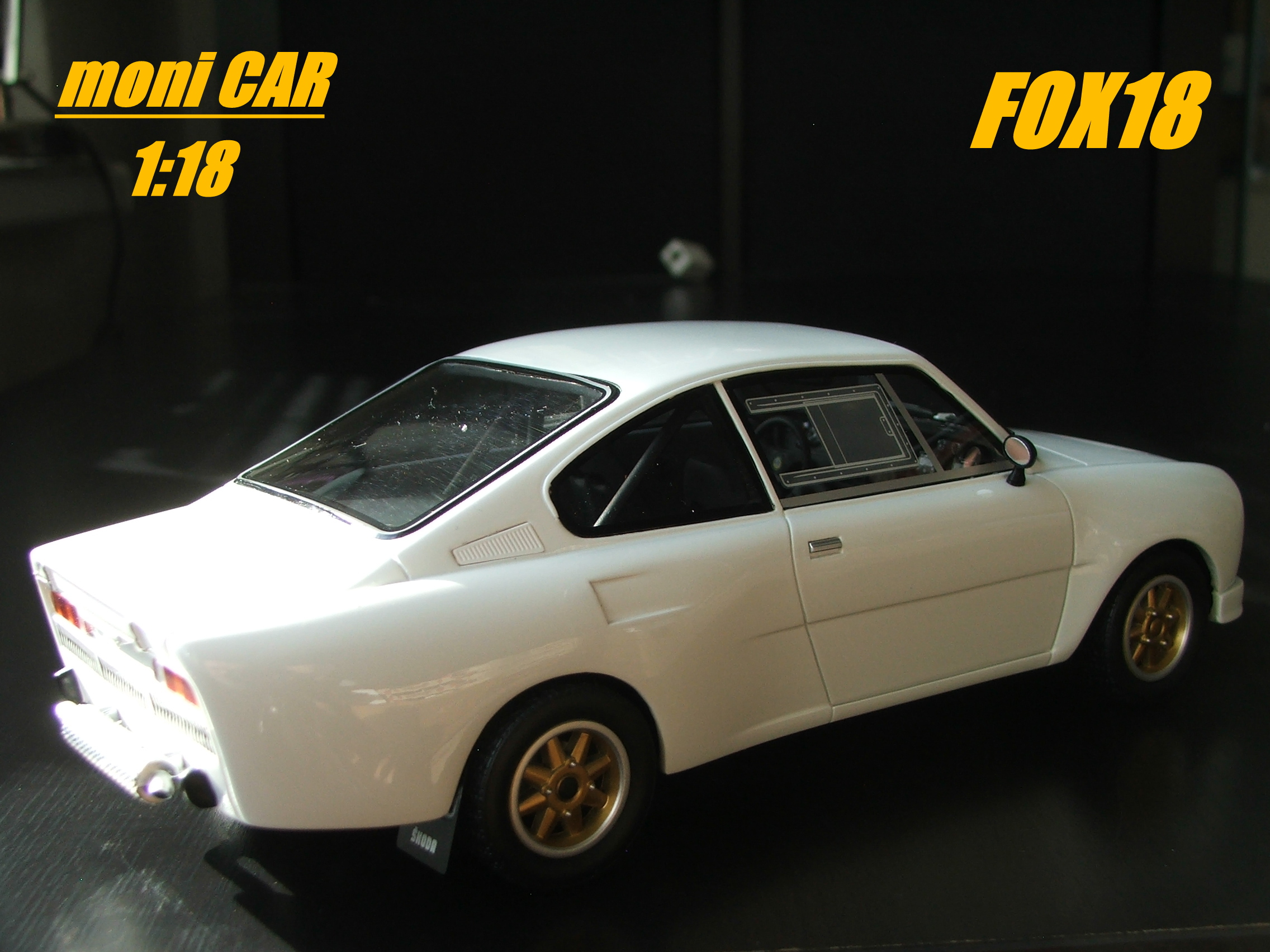 Škoda 130 RS white body Limited Edition (1:18) FOX18